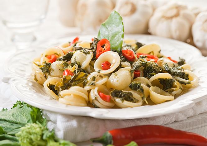 Orecchiette con le cime di rapa -  Puglia